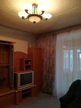 В сталинском доме в центре г. Чехов, ул. Ильича 26, продам 2-ком.кв. - Фото 2