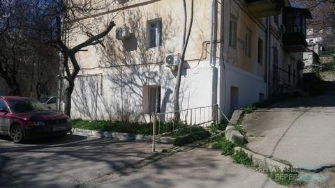 Сдается офисное помещение в центре Севастополя на ул. Партизанская 15 - Фото 2