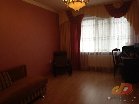 Однокомнатная квартира в кирпичнм доме в ю/з районе, ул.Пирогова - Фото 1