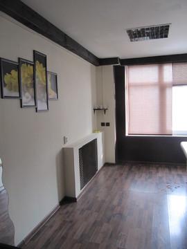 Продается офисное помещение 45 м2, ул. Аллея Героев, д.2 - Фото 1