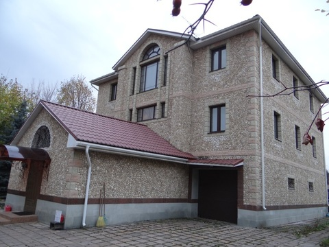 Дом с земельным участком, бассейном и баней в г. Химки - Фото 2