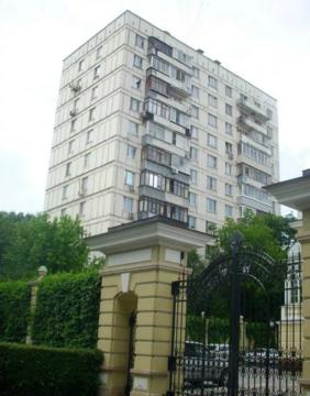 Продается 4-х комнатная квартира: г. Москва, ул. Ефремова, д.10, к.1 - Фото 1
