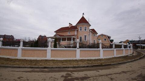 Московская область, г.Лобня, ул.Братьев Улюшкиных - Фото 1
