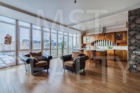 Шикарная квартира с панорамным остеклением - Фото 1