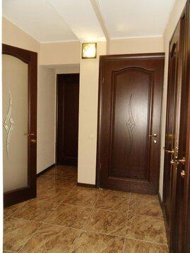 2-х комнатная с ремонтом, 3 этаж - Фото 4