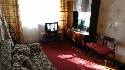 Сдаю 1 комнатную на 3-я Молодежная с мебелью, холодильником и тв - Фото 1