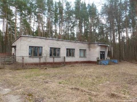 Продается здание 11040 м2 - Фото 1