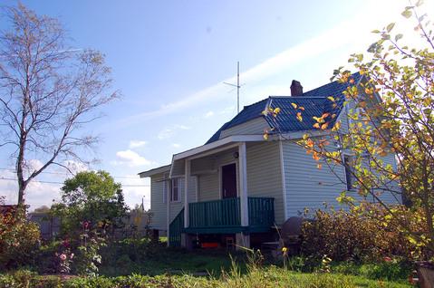 Продаётся зимний дом с коммуникациями в черте города, 14 соток ИЖС - Фото 1