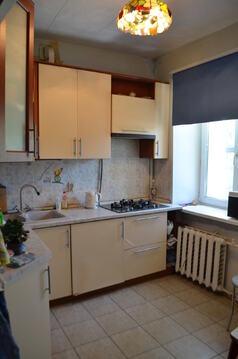 Продается двух комнатная квартира - Фото 1