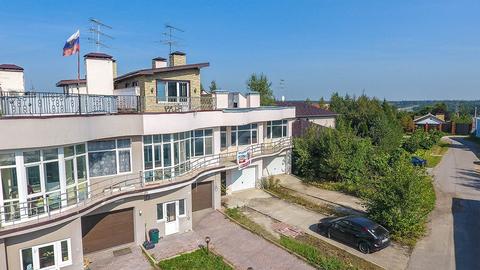 2-х этажный (3-х уровневый) таунхаус 233 м2 на 2 сотках ИЖС - Фото 1