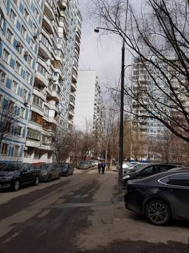 Продается 2-комн. квартира 56.1 м2, м.Раменки - Фото 1