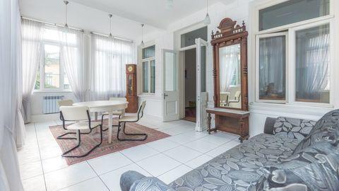 Продается квартира в доме – памятнике архитектуры в центре Ялты - Фото 3