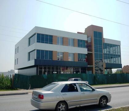 Здание 2000 кв.м. (1 линия), земля 12 сот (собственность) мкр.Садовый. - Фото 1