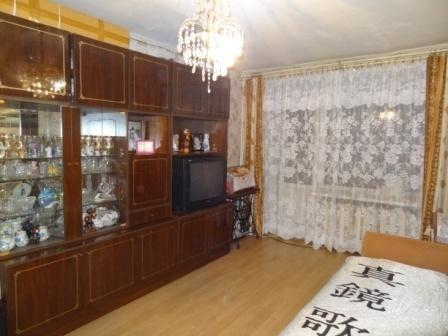 В центре г.Гатчина 3-х комнатная квартира в хорошем состоянии - Фото 3