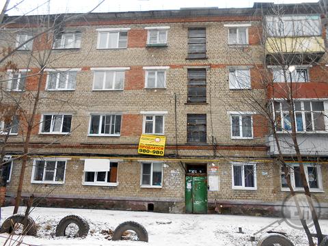 Продается комната с ок, ул. Краснова - Фото 1