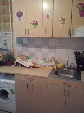 Комната в 2-к. кв. ул. Космодемьянская, д. 15 - Фото 1