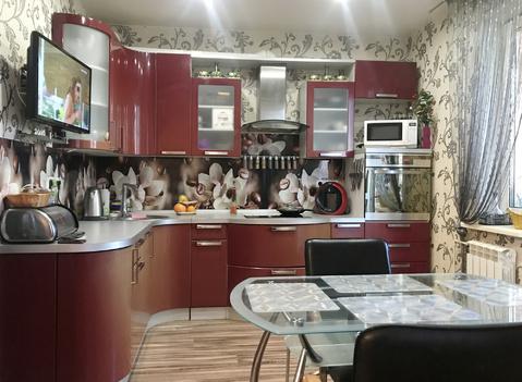 Панорамный вид! Окна на 3 стороны! Кухонный гарнитур в подарок! - Фото 5