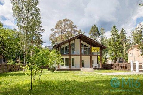 Двухэтажный дом в Зеленогорске - Фото 1