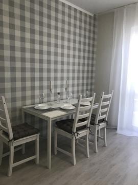 2-х комнатная квартира с дизайнерским ремонтом - Фото 2