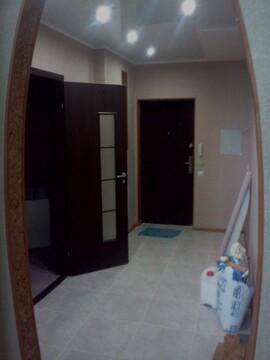 Сдам 1 комнатную в отличном состоянии на Рокоссовского 12. Пустая