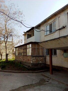 2-х комнатная о.п.50 м2 Тарханкут пос.Черноморское,350 м. от моря - Фото 1