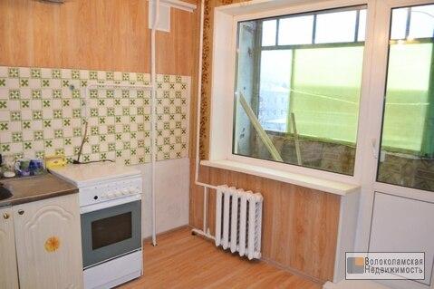 Двухкомнатная квартира в Волоколамске, жд станция в шаг.доступности - Фото 2