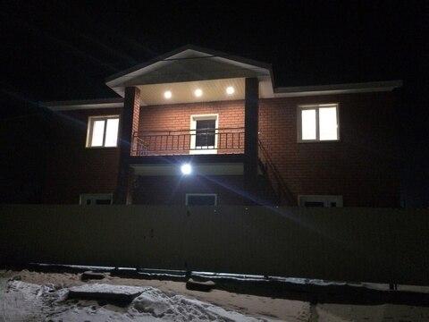 Дом 200 м2 на участке 8 сот. с полной отделкой - Фото 3
