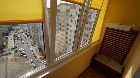 Видовая новостройка с ремонтом в монолитном доме, Южный район. - Фото 4