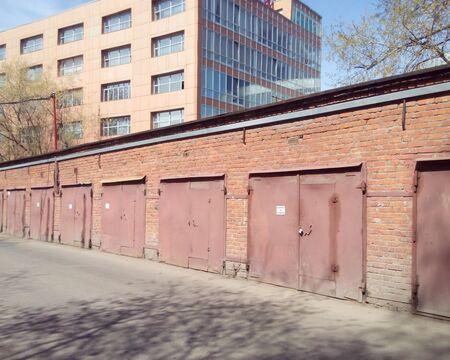 Сдам гараж метро Автозаводская.