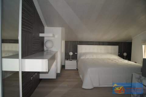 Квартира в резиденции Ладуния в 900 метрах от пляжа Маринелла. - Фото 5