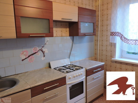 Квартира, ул. Бурова, д.30 - Фото 1