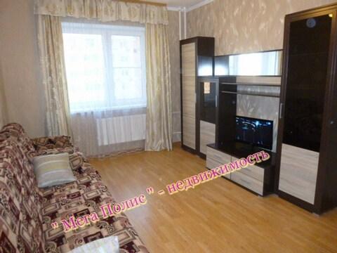 Сдается 1-комнатная квартира 50 кв.м. в новом доме ул. Калужская 26 - Фото 1
