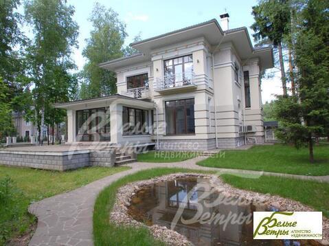 Дом643 кв. м,  20 сот, Киевское шоссе,  39 км,  Огонёк к/п . - Фото 1