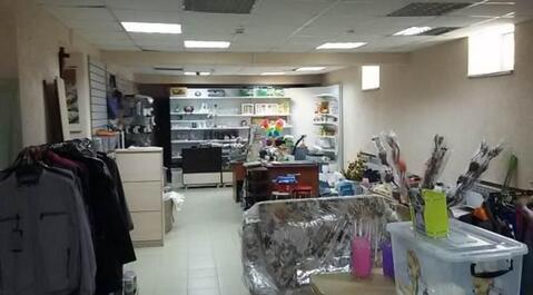 Продается торговое помещение в ТЦ, хороший ремонт, площадь 97 м2 - Фото 2