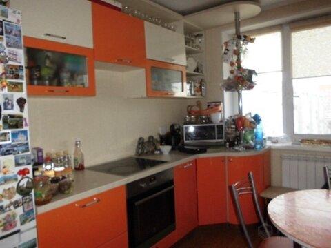 2 комнатная квартира с ремонтом, ул. 50 лет Октября, д. 21 - Фото 2