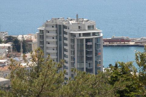 Просторная квартира с панорамным остеклением новом доме на Набережной - Фото 3