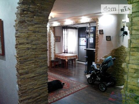 Квартира, город Херсон, Купить квартиру в Херсоне по недорогой цене, ID объекта - 318601688 - Фото 1