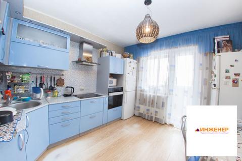 Трехкомнатная квартира в. Челябинске с парковочным мест, северо-запад - Фото 1