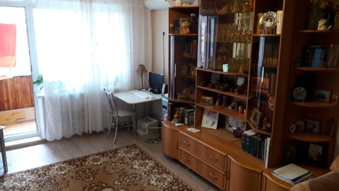 Продам 2 ком. квартиру с ремонтом в 9 м- не - Фото 1