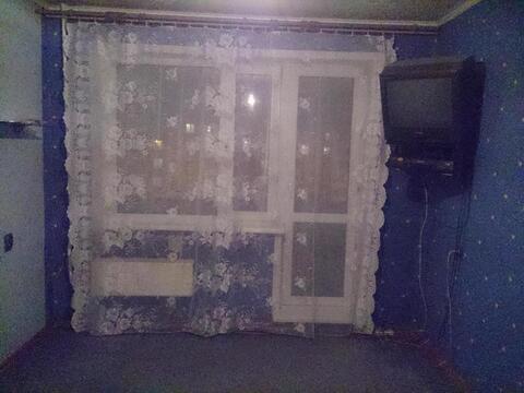 Продам комнату в 5-к квартире, Иркутск город, Ленинградская улица 108б - Фото 1