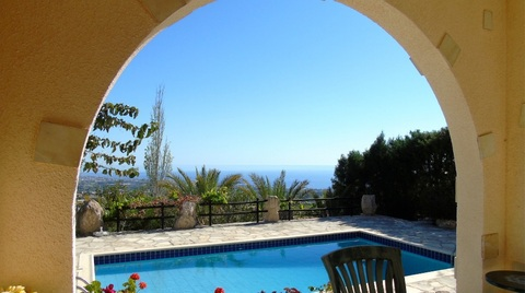 Прекрасная 3-спальная Вилла с видом на море в районе Пафоса - Фото 3