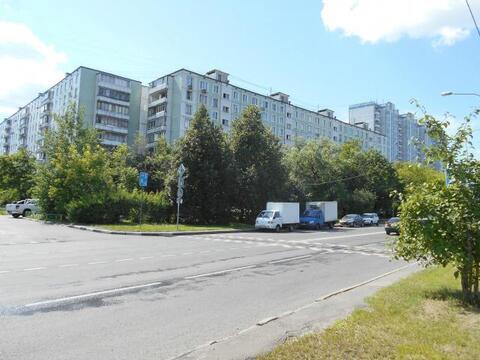 Продается Трехкомн. кв. г.Москва, Исаковского ул, 22к1 - Фото 1