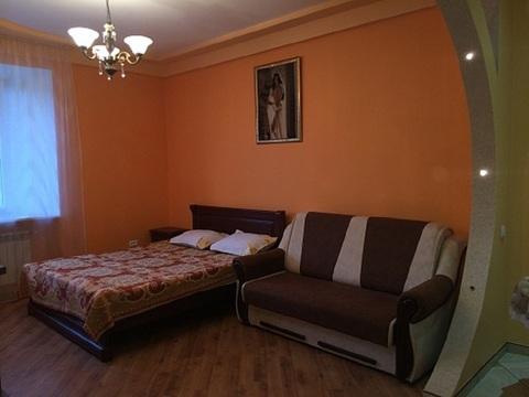 Однокомнатная , евро-класса посуточная аренда недвижимость. - Фото 2