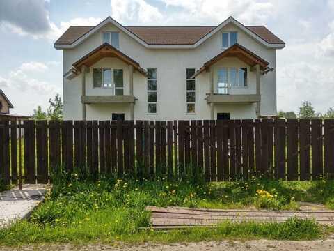 Надежный дом для двух семей, рядом с инфраструктурой. - Фото 1