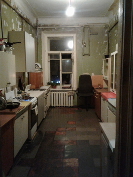 Комната в 8-ми комнатной квартире на 2этаже, 12линия 29 - Фото 4