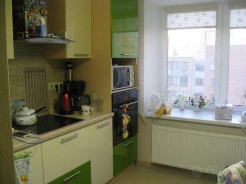 2 комнатная квартира в кирпичном доме, ул. Эрвье, Европейский мкр - Фото 1