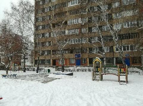 Продажа комнаты, Тольятти, Победы 40 лет - Фото 2