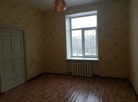 Продам 2х комнатную Жуковского дом 8 - Фото 1