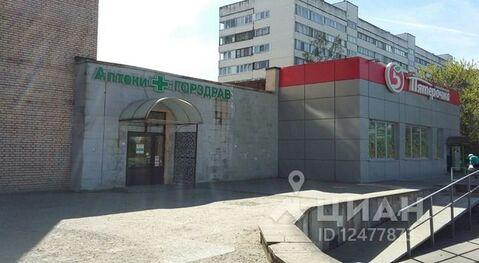 Аренда торгового помещения, м. Комендантский проспект, Богатырский . - Фото 1