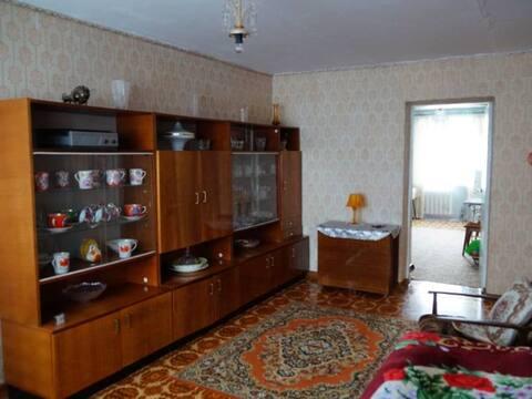 Продажа трехкомнатной квартиры на улице Кирова, 50 в Аниве, Купить квартиру в Аниве по недорогой цене, ID объекта - 319882595 - Фото 1
